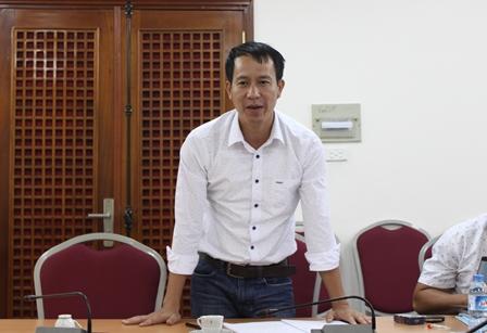 NCS Đoàn Quang Thắng trình bảo vệ chuyên đề luận án tiến sĩ trước Tiểu ban chấm chuyên đề