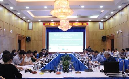 Buổi tọa đàm giữa Tổ Biên tập của Tiểu Ban Kinh tế - Xã hội với Nhóm chuyên gia xây dựng MDR Việt Nam của OECD.