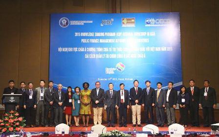 <centrer>Các chuyên gia tham dự Hội nghị.</center>