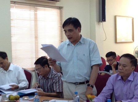 PGS.TS. Trần Đình Thiên, Viện trưởng Viện Kinh tế Việt Nam, Phản biện 1 đánh giá luận án.