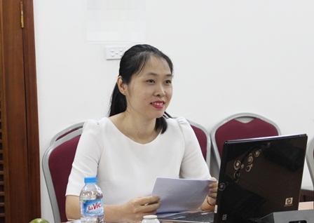 <center>NCS Đặng Thị Thu Giang tại buổi bảo vệ chuyên đề.</center>