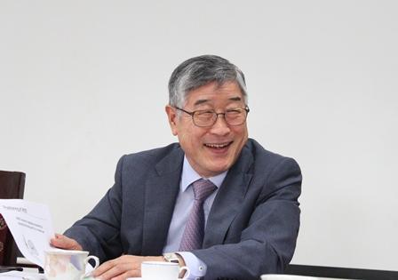 <center>Ông Kum Dong Wha, Viện trưởng Viện Khoa học và Công nghệ Việt Nam – Hàn Quốc (VKIST).</center>