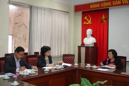 Phó Viện trưởng Phan Ngọc Mai Phương tiếp đoàn Viện Nghiên cứu chiến lược tương lai Shinhan, Hàn Quốc.