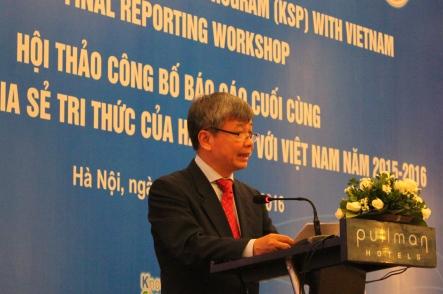 Ông Nguyễn Thế Phương, Thứ trưởng Bộ Kế hoạch và Đầu tư phát biểu chào mừng tại Hội thảo.