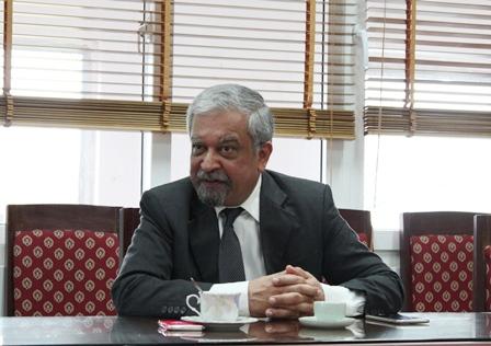 <center>Ông Kamal Malhotra, Điều phối viên thường trú của Liên hợp quốc, Đại diện thường trú của Chương trình Phát triển Liên hợp quốc (UNDP) tại Việt Nam.</center>