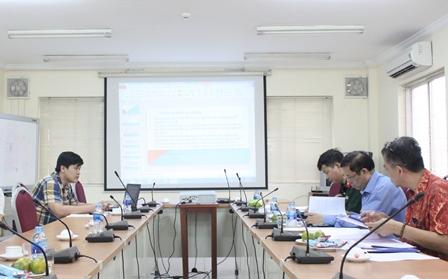 NCS Nguyễn Trọng Thắng bảo về trước Tiểu ban chấm chuyên đề và tiểu luận tiến sĩ.