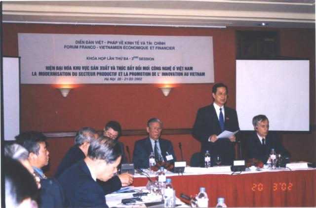 Diễn đàn Việt – Pháp năm 2002