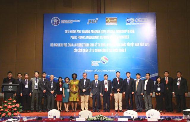 <center>Hội nghị khu vực châu Á Chương trình chia sẻ tri thức (KSP) của Hàn Quốc với Việt Nam năm 2015</center>